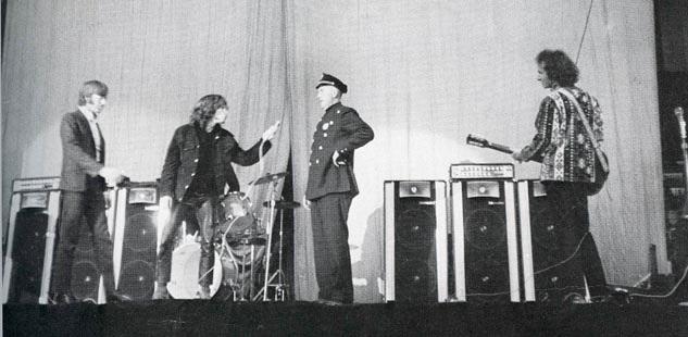 jim-morrison-arrest